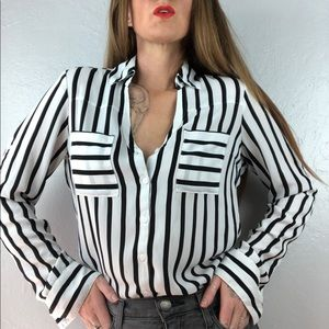 EXPRESS Black & White Striped Portofino Shirt XS